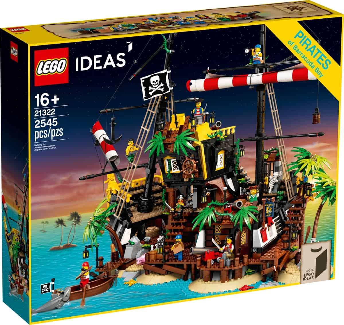 lego 21322 zatoka piratov z lode barakuda